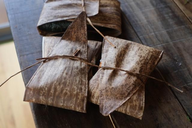 竹皮の包み
